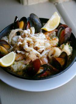 Barsa Seafood Paella
