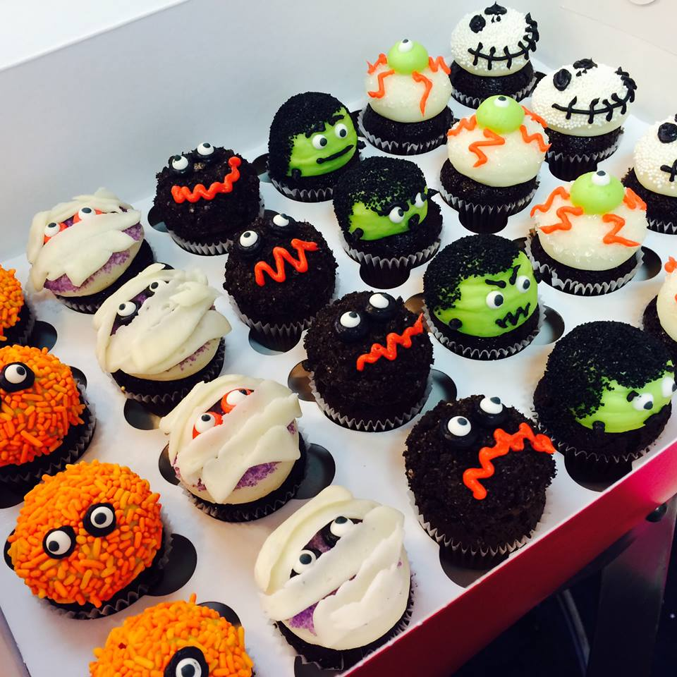 Spooky Sweet Halloween Cupcakes At Cupcake Downsouth Charleston